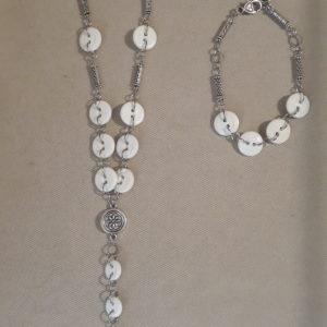 Set collana e bracciale bottoni e metallo